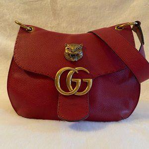RED GUCCI SHOULDER BAG    ONE OF A KIND